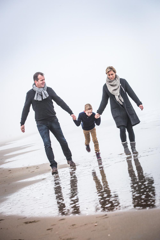 fotoshoot strand Katwijk met mist-1-2